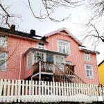 Henningsvær houses